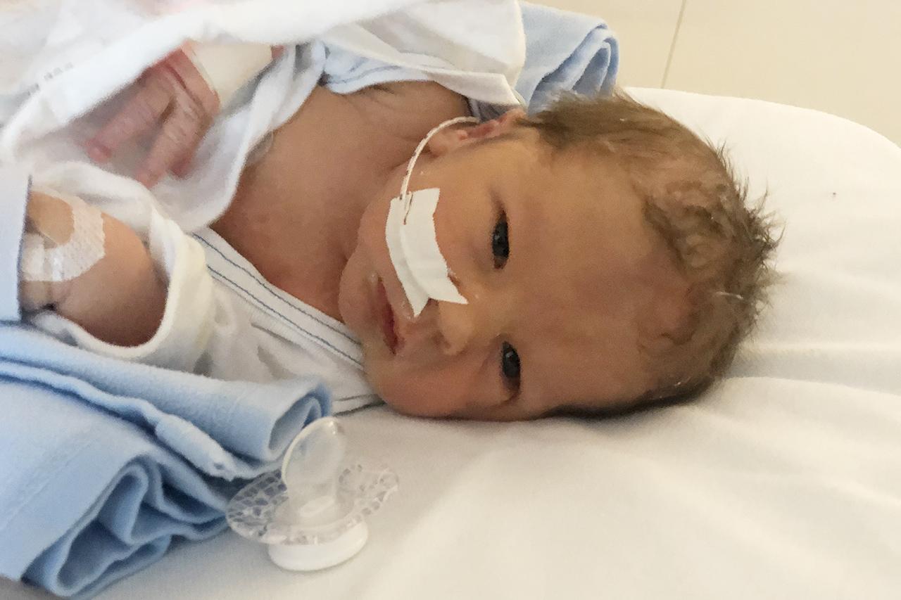 fodas med hjärtfel opererad hjärtfel bebis