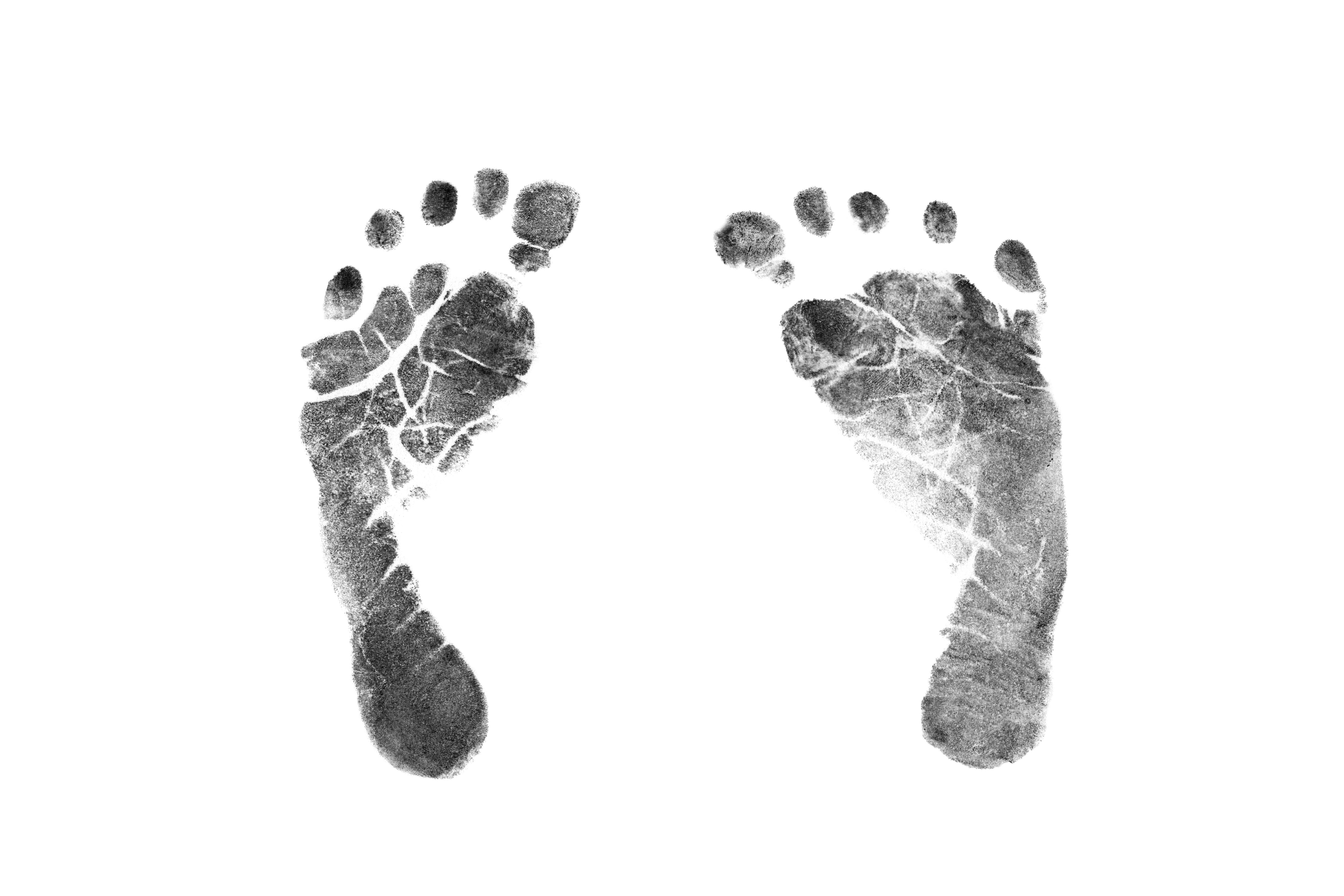 tips-gora-handavtryck-fotavtryck-bebis-fotter